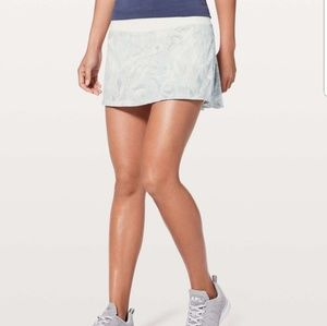 Lululemon Pace Rival Skirt (no panels)  size 4T